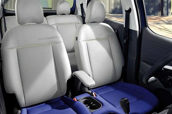 Hyundai Unveils First Interior Images of Casper (PHOTOS)
