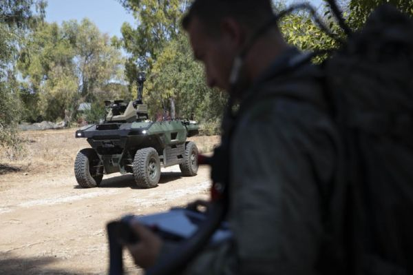 Israeli Firm Unveils Unmanned Vehicle Fitted With Machine Guns That Patrols Battle Zones - autojosh