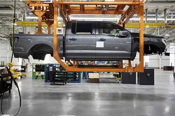 Ford F150 Lightning Begins Pre-Production As 150k Already Been Booked
