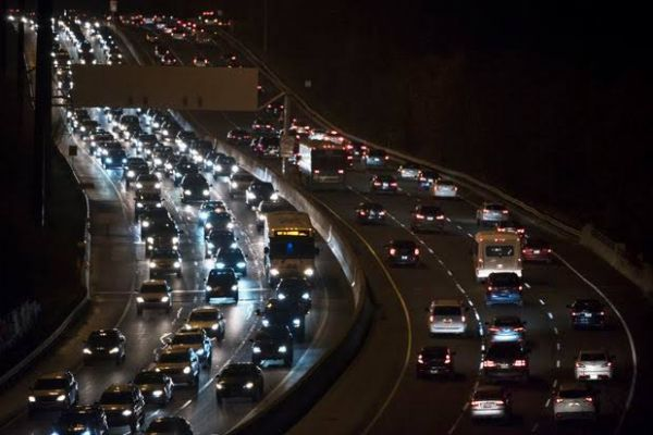 All New Vehicles Sold In Canada Must Have Headlights, Taillights That Automatically Turns On In The Dark, Starting September - autojosh