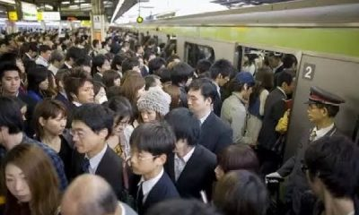 Watch As Commuters In Japan Struggles To Find Space Inside Bullet Trains During Rush Hour - autojosh